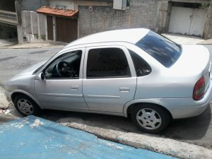 Chevrolet Corsa 2001, Manual